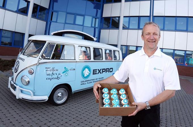 expro-cupcake-van-680.jpg